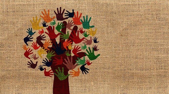 arbol manos